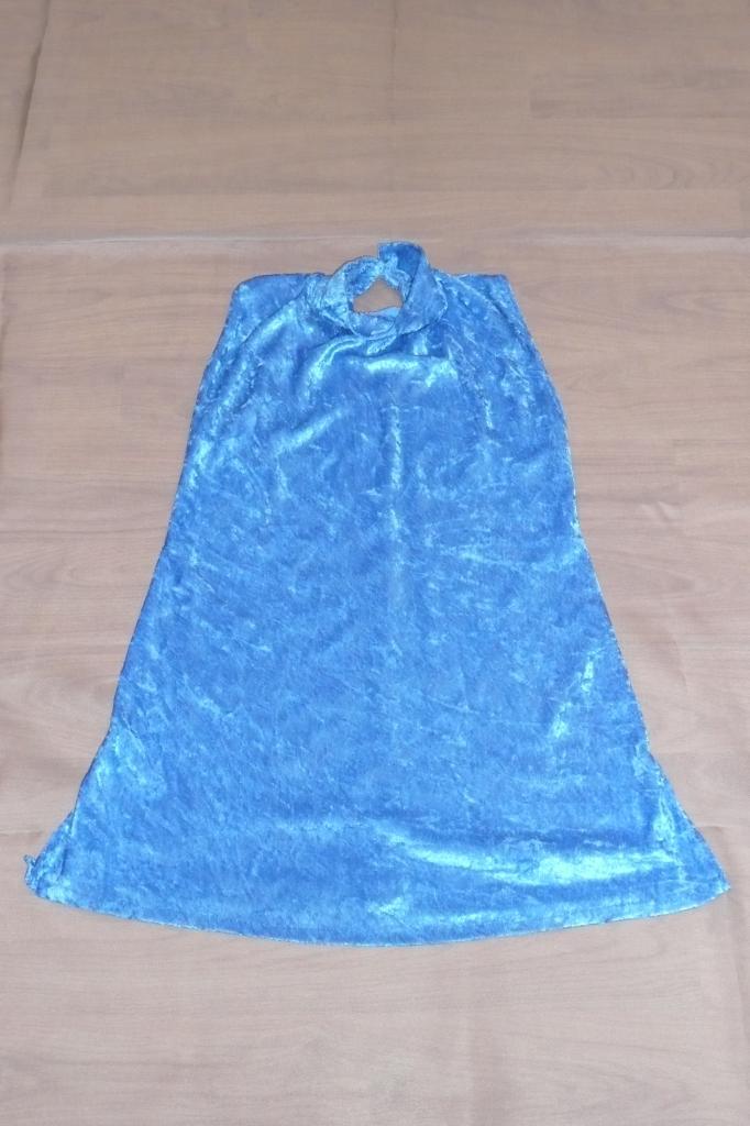 Robes velours bleu clair sans manches (x7) - 8/10 ans