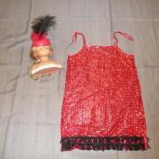 Robes rouges charleston avec bandeaux plumes (x11) - 14/16