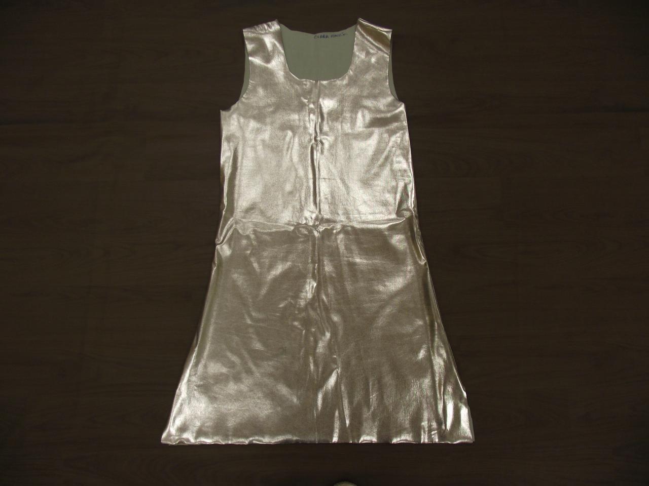 Robes argentées (x12) - 12/13 ans
