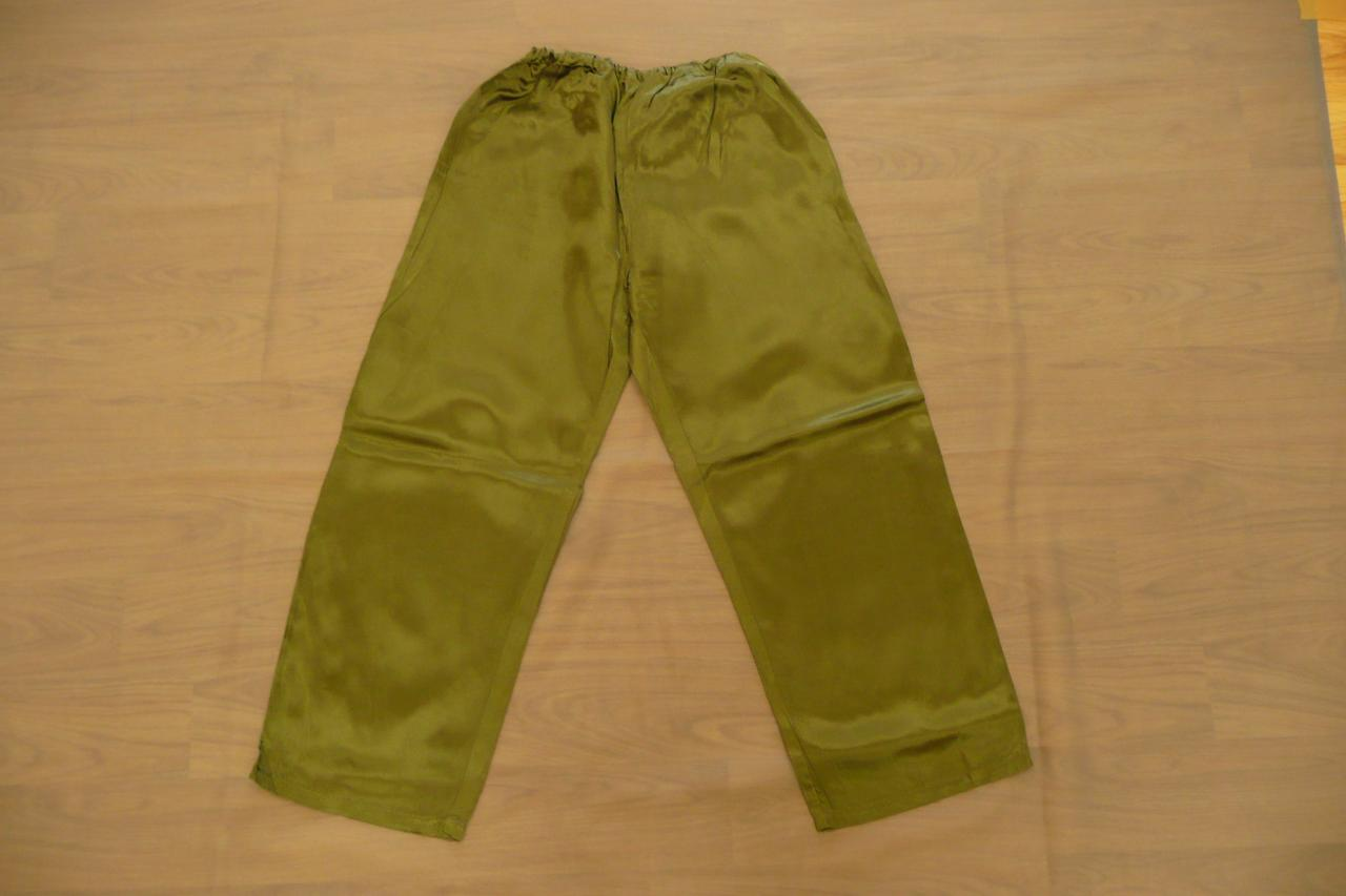 Pantalons kakis effet satin (x13) - 10/12 ans