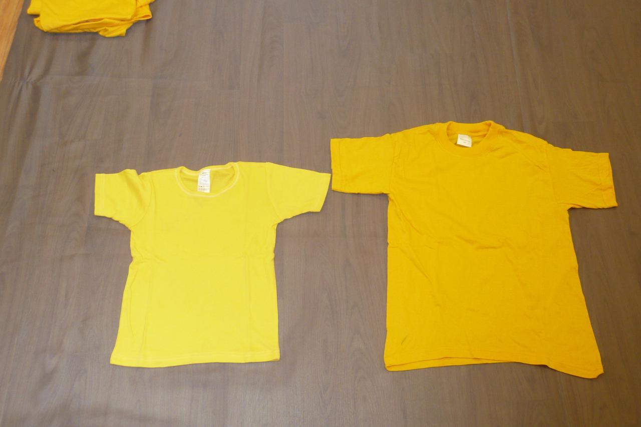 T-shirts jaunes - 6/8 ans