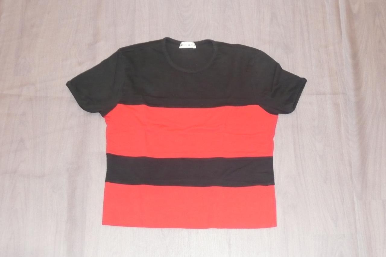 T-shirts noirs et rouges (x6) - 12/14 ans